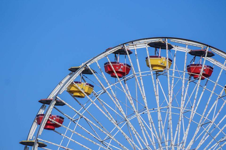 Top 5 des parcs d'attraction à visiter cet été